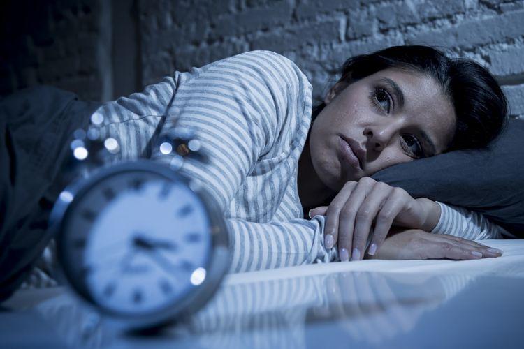 Seorang wanita begadang
