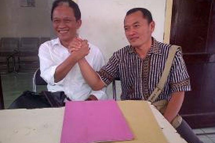 Ketua DPRD Kabupaten Semarang Bambang Kusriyanto (kiri) dan Ketua Fraksi Kebangkitan Bangsa DPRD Kabupaten Semarang M Basari (kanan), menyatakan siap mundur dari keanggotaan DPRD.