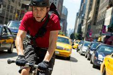 Sinopsis Premium Rush, Kisah Kurir Sepeda Terjebak Misi Misterius