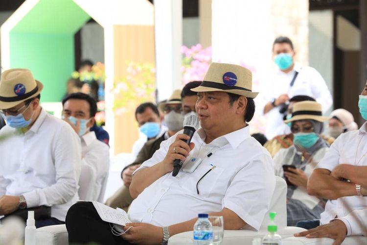 Paket Batam Bintan Karimun (BBK) Murah, yang diinisiasi oleh Kamar Dagang dan Industri Kepulauan Riau (Kadin Kepri), resmi diluncurkan oleh Menteri Koordinator Bidang Perekonomian (Menko Perekonomian) RI, Airlangga Hartarto, Sabtu (26/9/2020) kemarin di Plaza Lagoi, Kawasan Wisata Lagoi, Bintan, Kepulauan Riau (Kepri).