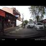 Kebiasaan Buruk Pengemudi Saat Mengantre di Jalan