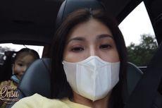 Sarwendah Beberkan Kronologi Mobil yang Ditumpangi Keluarkan Asap Tebal