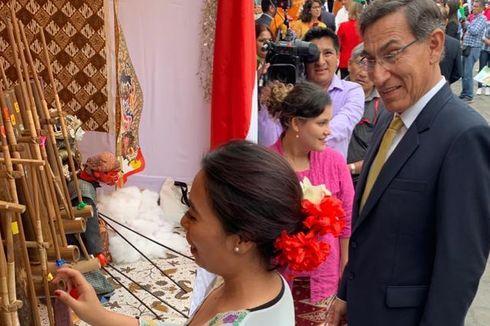 Ketika Presiden Peru Jatuh Hati pada Musik Angklung...