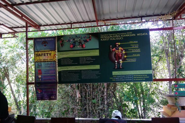 Standar Keamanan di Kalisuci, Semanu, Gunungkidul, yang terpasang di sekretariat Pokdarwis Kalisuci