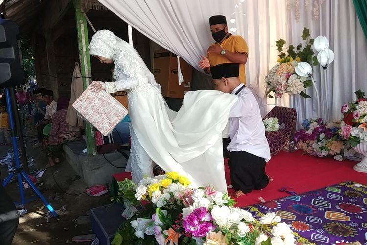 Suasana Resepsi pernikahan Untung dan Dewi