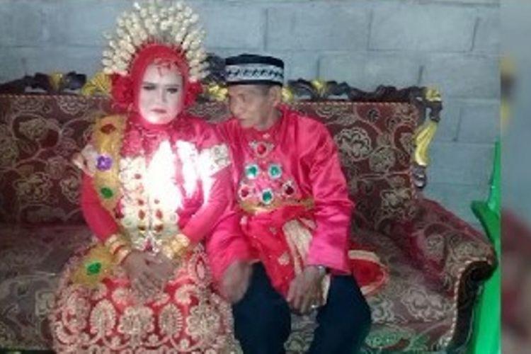 Pernikahan kakek 70 tahun dengan gadis 28 tahun di Mamuju Tengah, Sulawesi Barat, viral di medsos.