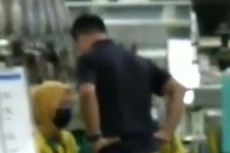 Video Viral TKA Asal Korea Marah Tendang Karyawan Lokal di PT Taekwang Subang, Langsung Dipecat (Tribun Jabar/ Istimewa)