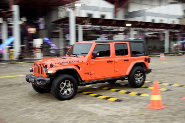 Ilustrasi area test drive di IIMS yang salah satunya menawarkan Jeep Wrangler Rubicon.