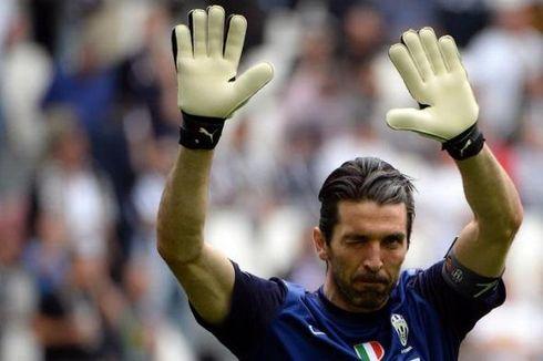 Buffon: Kepergian Cavani Tak Lemahkan Napoli