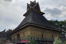 Anjungan Sumatera Utara di TMII, Obat Rindu Wisatawan Suku Batak