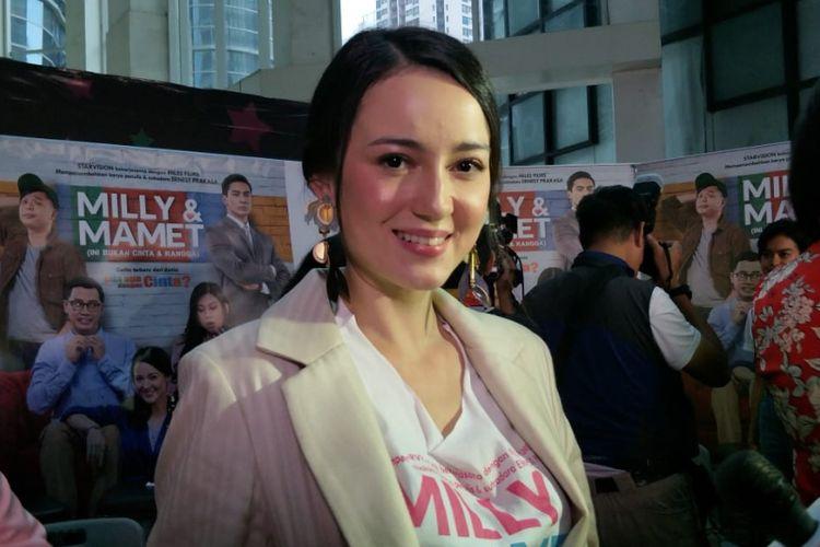 Julie Estelle saat jumpa pers dan screening film Milly & Mamet di XXI Epicentrum, Kuningan, Jakarta Selatan, Selasa (11/12/2018).