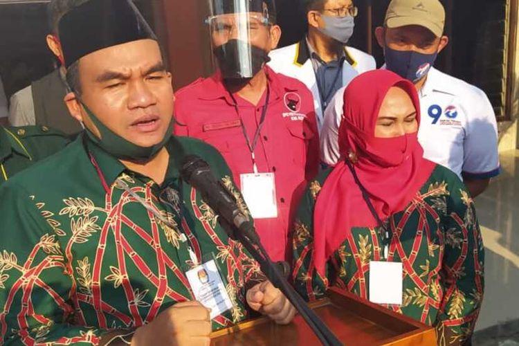Pasangan bakal calon bupati dan calon wakil bupati Blora, Arif Rohman -Tri Yulisetyowati mendaftar ke KPU Blora, Jumat (5/9/2020).