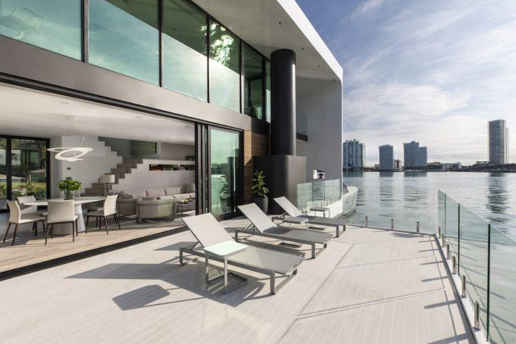 Rancangan rumah terapung itu merupakan ide dari salah satu pendiri Arkup, Arnaud Luguet