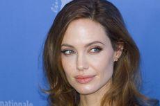 Setelah Masektomi, Angelina Jolie Operasi Pengangkatan Ovarium