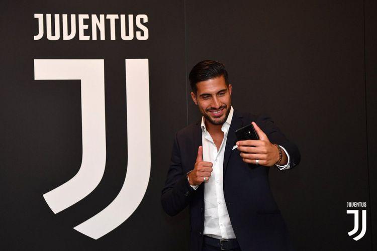 Gelandang anyar Juventus, Emre Can di klinik J Medical, Turin, sebelum diresmikan oleh pihak klub, Kamis (21/6/2108)/