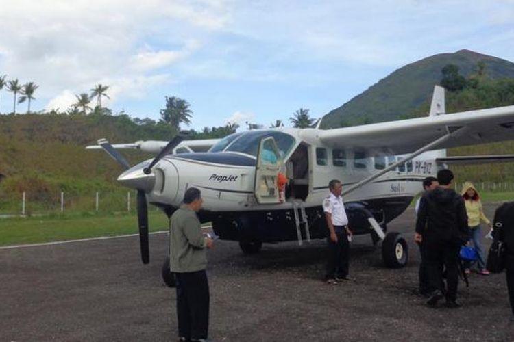 Ilustrasi Pesawat Susi Air di Banda Neira