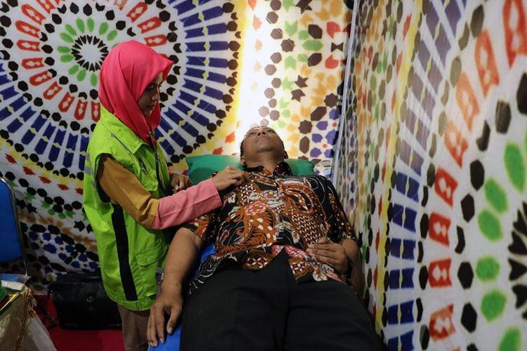 Ruang kesehatan yang ada di pos pengamanan Lebaran Polres Gresik di perempatan Duduksampeyan.