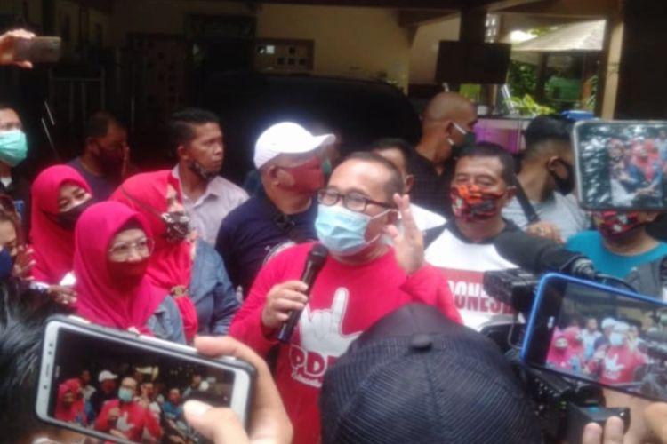 Wakil Bupati Kubu Raya Sujiwo saat menyampaikan secara terbuka untuk mengajukan mundur sebagai wakil bupati di kediamannya, Jalan Sungai Raya Dalam, Kota Pontianak, Kalimantan Barat, Sabtu (20/6/2020)