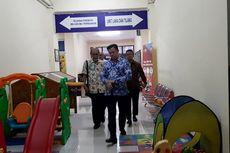 Sore Hari, Ayah Arya Satria Claproth Datangi Polres Jakarta Selatan