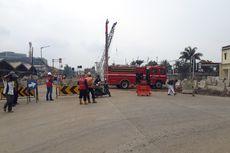 Pipa Gas Bocor, Jalan Raya Bekasi Ditutup Sementara