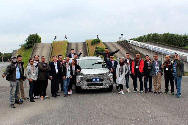 Kompas.com dan belasan jurnalis lain melakukan first drive pada varian terbaru Mitsubishi Xpander Cross di Okazaki, Aichi, Nagoya, Jepang, Kamis (24/10/2019).