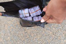 Prajurit TNI di Perbatasan Amankan Kantong Plastik Isi 4 Bundel Amplop, Diduga untuk Serangan Fajar