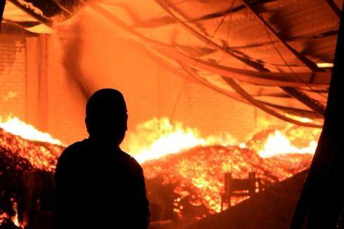 54 Kios Pasar Desa Bekawan di Indragiri Hilir Ludes Terbakar