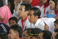Akrabnya Jokowi Bersama Anak-anak di Dufan