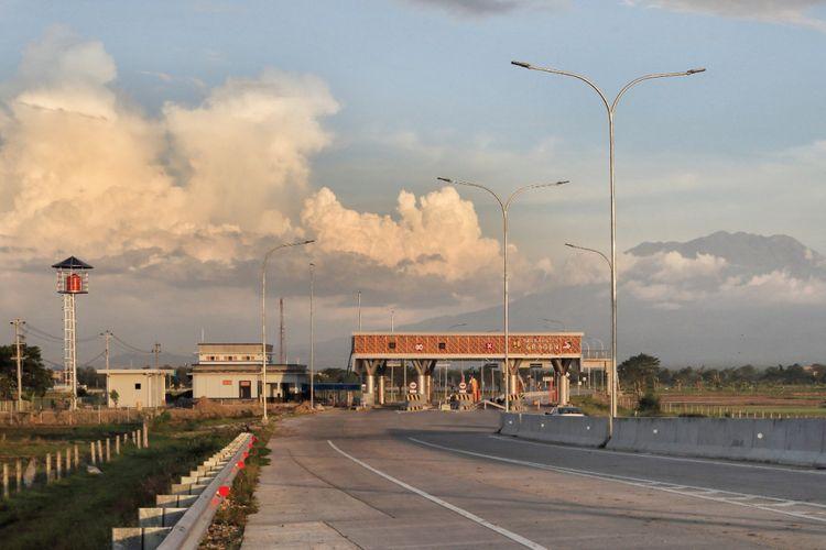 Jalan Tol Solo-Ngawi