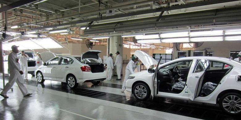 Produksi Honda City di Thailand.