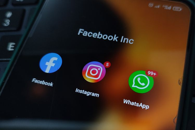 Ilustrasi aplikasi Facebook Inc., mencakup Facebook, Instagram, dan WhatsApp.