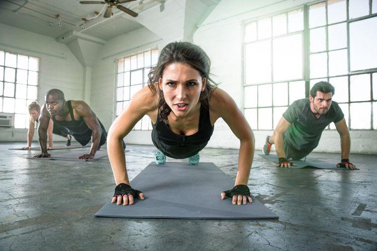 Ilustrasi olahraga push up
