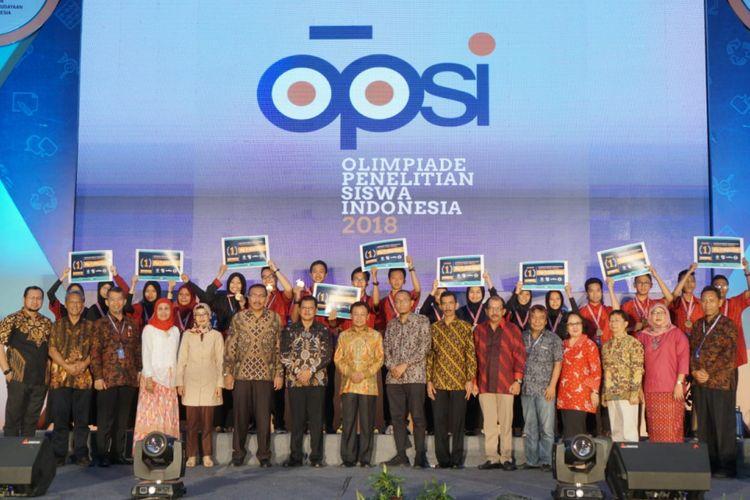 Olimpiade Penelitian Siswa Indonesia (OPSI) yang berlangsung tanggal 15-20 Oktober 2018 di kota Semarang, Jawa Tengah.