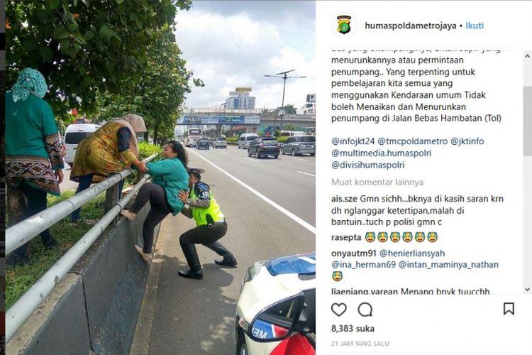 Polisi memberi peringatan akan menindak sopir bus yang menurunkan penumpang di jalan tol.