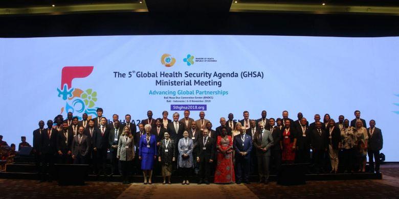 Para perwakilan negara yang menghadiri Pertemuan Tingkat Menteri Ke-5 GHSA yang diselenggarakan di Bali Nusa Dua Convention Center (BNDCC), Bali, Selasa (6/11).