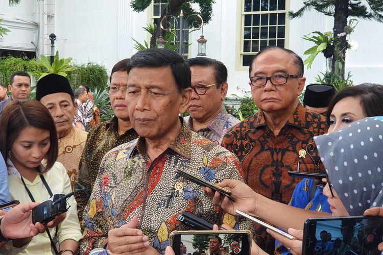 Ketua Wantimpres Wiranto di Kompleks Istana Kepresidenan Jakarta, Rabu (22/1).