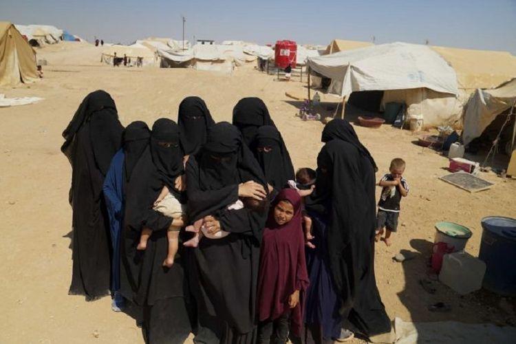 Wanita dan anak-anak asal Australia yang dahulu hidup di bawah kekuasaan kelompok teroris ISIS kini terlantar di kamp pengungsi al-Hawl di Suriah.