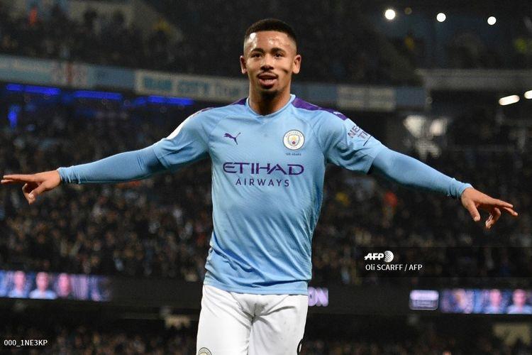 Striker Manchester City, Gabriel Jesus, merayakan golnya ke gawang Everton pada laga Liga Inggris di Stadion Etihad, Manchester, Kamis (2/1/2020).