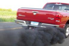 Deteksi Masalah pada Mobil Diesel Bisa dari Warna Asap Knalpot