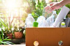 Sadar atau Tidak, Kehidupan Kedua Plastik Botol Bekas Ada di Tangan Anda