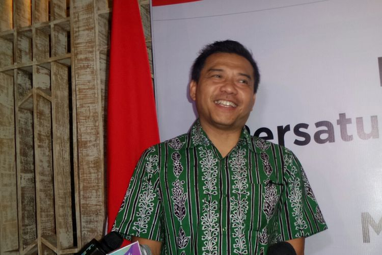 Musisi yang juga anggota DPR RI Anang Hermansyah saat diabadikan di kawasan SCBD, Jakarta Selatan, Rabu (13/9/2017).