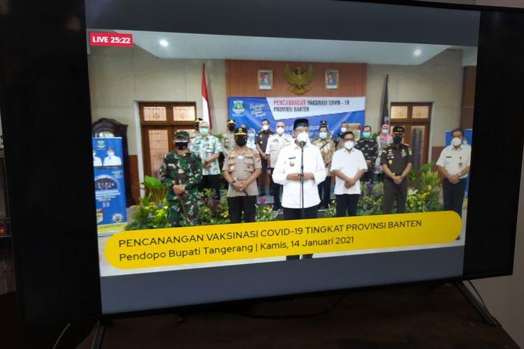 Sambutan dari Gubernur Banten Wahidin saat membuka giat pencanangan vaksinasi yang dilakukan oleh Kepala Daerah se-Banten di Pendopo Kabupaten Tangerang, Kota Tangerang, Banten, Kamis (14/1/2021).