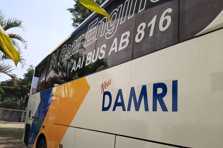 Bus medium Damri