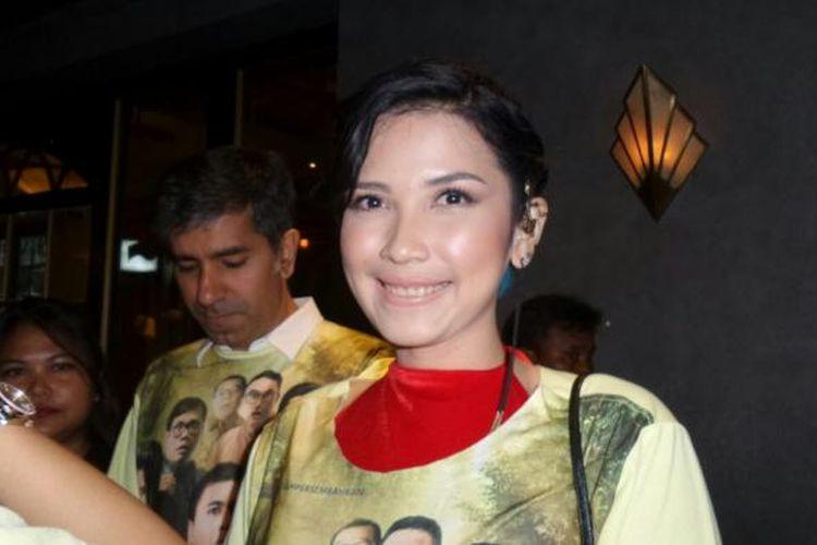Dinda Kanya Dewi ketika menghadiri pemutaran film Hangout di The Prohibition, di Plaza Senayan Arcadia, Jakarta Pusat, Kamis (15/12/2016).
