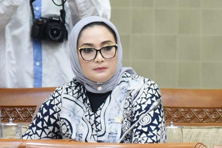 Anggota Komisi IX DPR RI Lucy KurniasarI saat siaran pers pada hari Kamis, (14/5/2020).