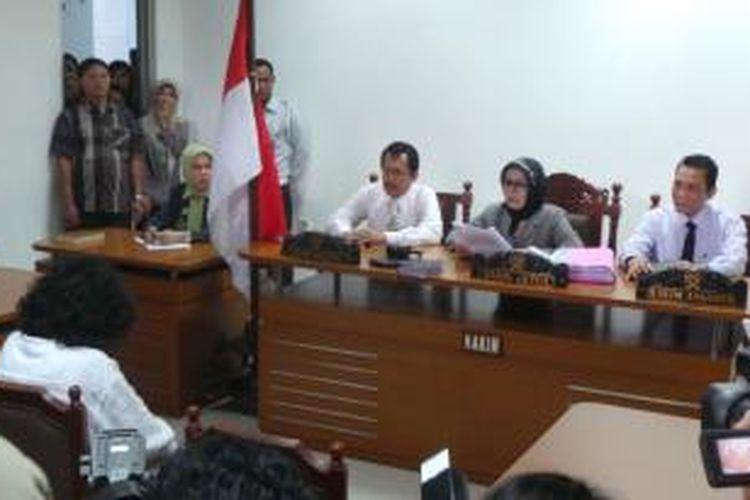AQJ alias Dul di sidang vonis di PN Jaktim. Rabu (16/7/2014).