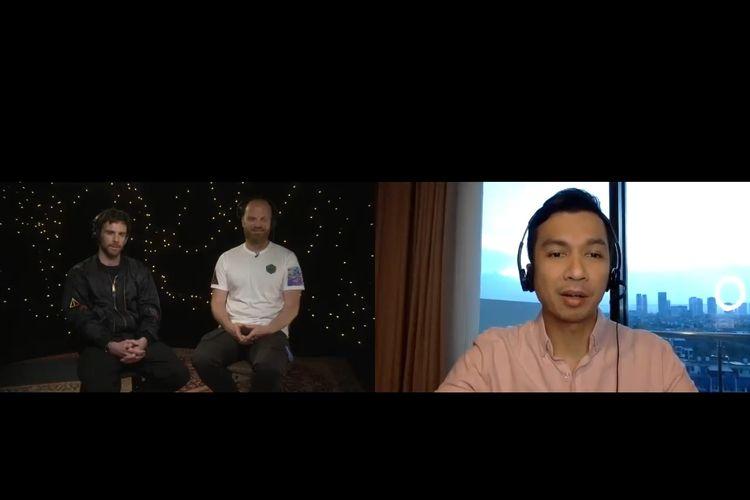 Guy Berryman dan Will Champion saat diwawancarai Timothy Marbun dari Kompas TV
