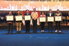 IPB dan Himpunan Alumni IPB University Terima Penghargaan dari BNPB