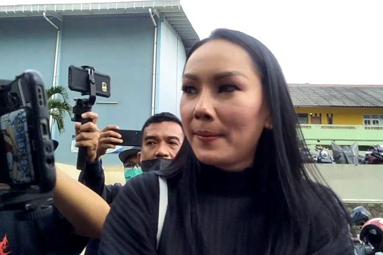 Artis Kalina Octaranny saat ditemui di kawasan Tendean, Jakarta Selatan, Kamis (26/11/2020).