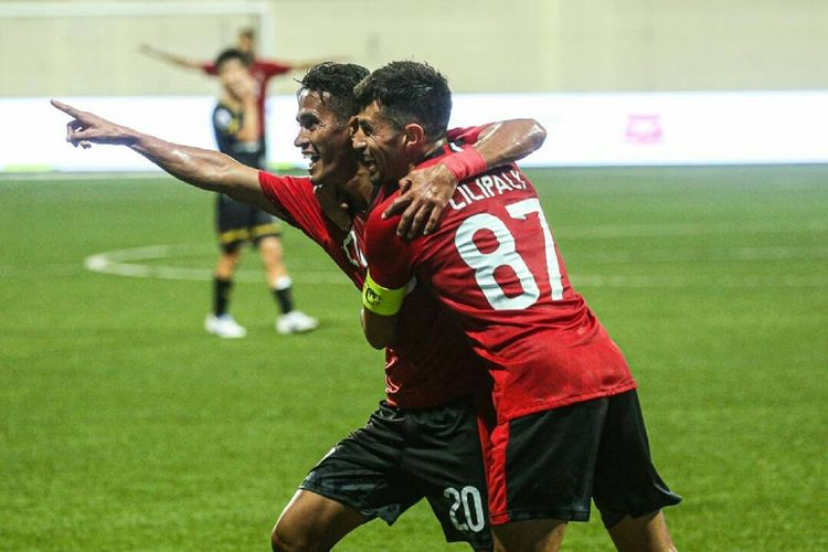 Pemain baru sekaligus pencetak gol pamungkas Bali United, Sidik Saimima saat kualifikasi Liga Champions Asia melawan tuan rumah Tampines Rovers yang berakhir dengan skor 3-5 di Stadion Jalan Besar Singapore, Selasa (14/01/2020) malam.